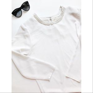 Tops - Pearl Collar White Top🎀